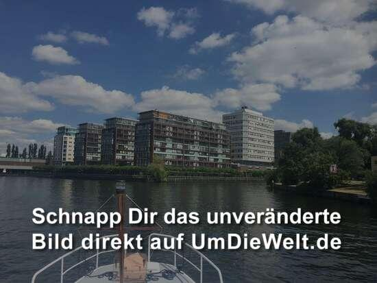Links ab in die Spree
