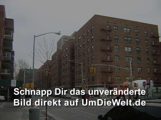 file new york city queens boulevard in rego. Black Bedroom Furniture Sets. Home Design Ideas