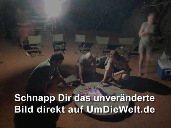 Porn deutschen Zoo video mann gang mit frau deutsch