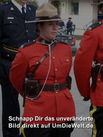 Kanadischer Charme in Uniform...