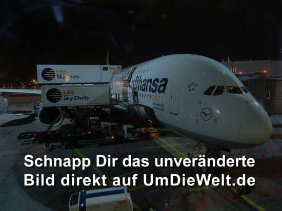 A 380 der Lufthansa...ach ja....steht ja drauf