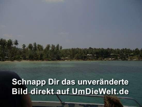 """Strand rechts vom Pier am """"Dusita Resort"""""""
