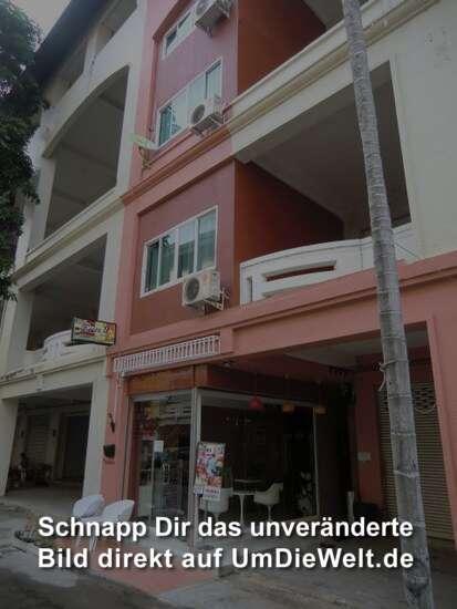 Room 9 Hotel