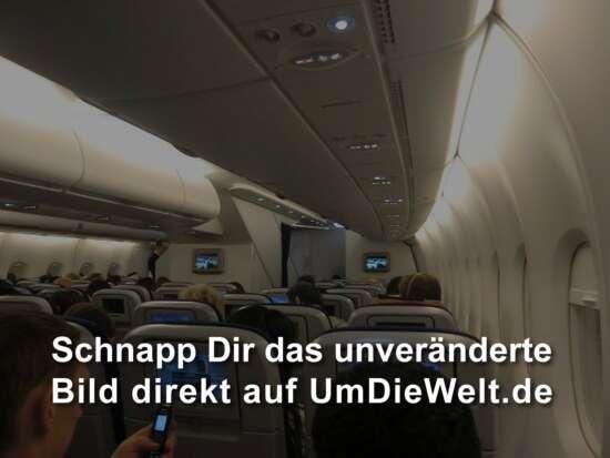 Holzklasse im A 380 der Lufthansa