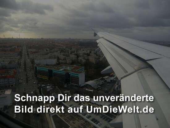 Tiefflug über Berlin