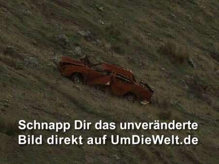 Haben unsere alte Ford-Bolide entsorgt...